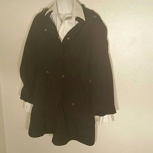 Daisy Fuentes Black Cotton Blend Trench. M